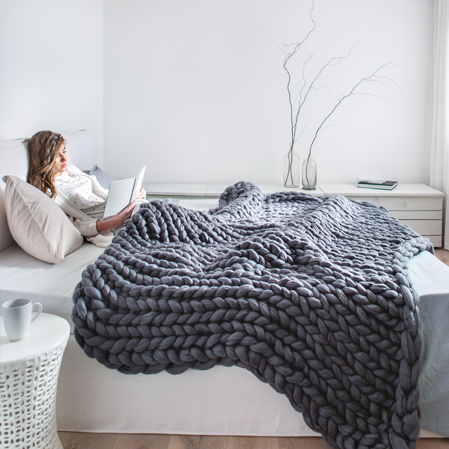 Extra large chunky knitted merino blanket premium for How to make a big chunky knit blanket