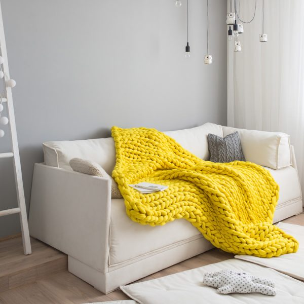 Queen size chunky knitted merino wool blanket by Ohhio