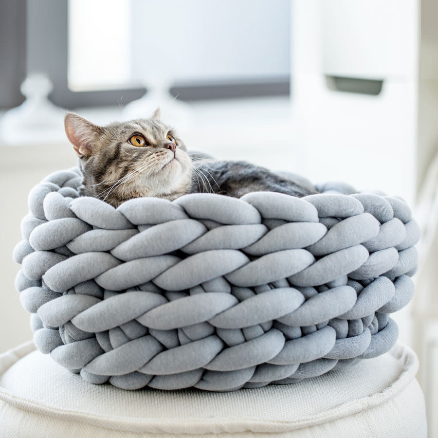 Super Chunky Knit Blankets Yarns And Knitwear Ohhio