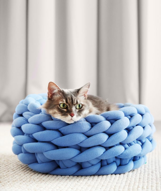 Ohhio Braid Cat Bed DIY Kit Blue